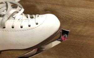フィギュア靴のトウ