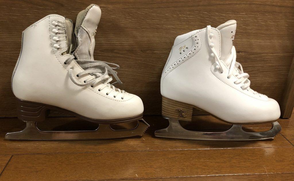 シングル用の靴とアイスダンス用の靴